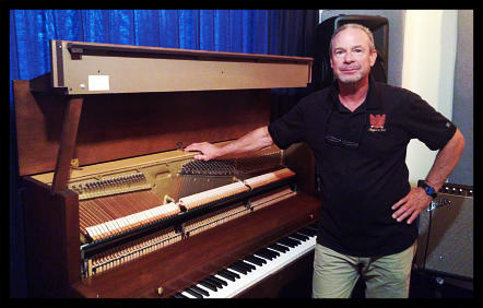 Many thanks to Ira Langlois from Langlois Pianos International for our wonderful Baldwin piano.